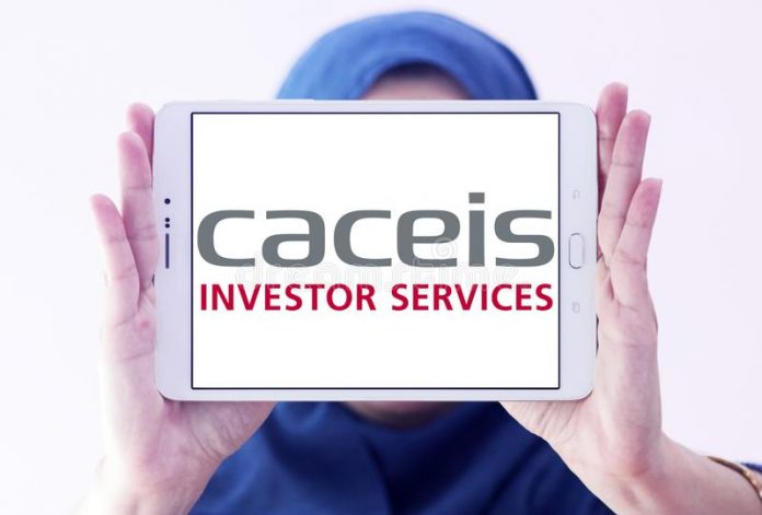 logo-caceis-bank-samsung-tablet-holded-arab-muslim-woman-caceis-asset-servicing-bank-provides-execution-clearing-120726500